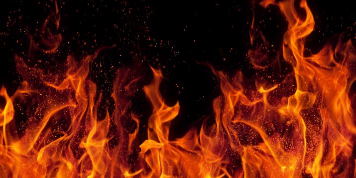 В Пружанском районе женщина получила ожоги на пожаре