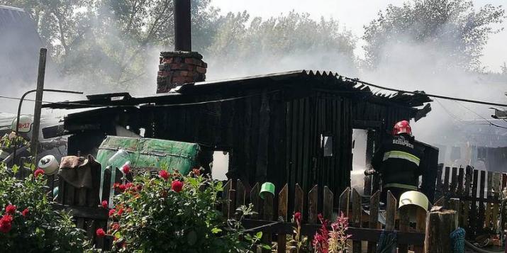 В Ружанах горела хозяйственная постройка