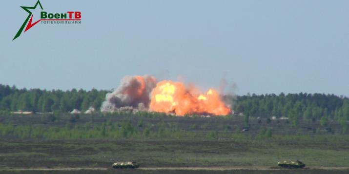 В Беларуси проходят военные учения с нанесением авиаудара по наземным целям на полигоне Ружаны