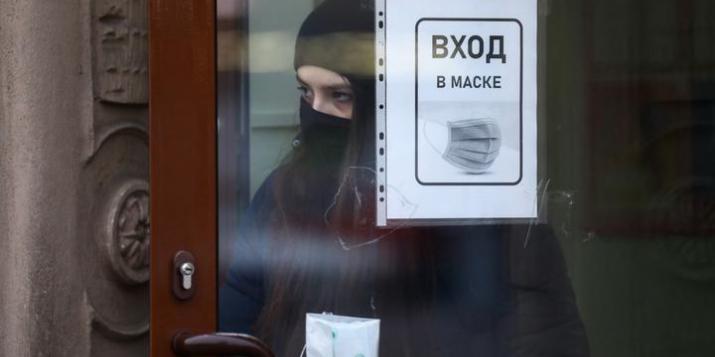 С 18 ноября по всей Брестской области вводится масочный режим, сообщает облисполком.