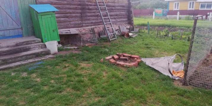 Ученик Ружанской СШ получил ожоги из-за костра во дворе дома. Подробности и фото.