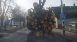 21 февраля 2019г.: по Ружанам по-прежнему возят древесину небезопасно
