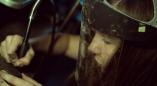 Сережки из тысячелетнего дуба: дизайнер из Пружан создает эксклюзивные украшения. Фото и видео