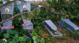 Сегодняшняя буря натворила бед на Оранчицких кладбищах. Фоторепортаж