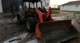 На пожаре в Арабниках уничтожена спецтехника