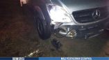 В Пружанском районе Mercedes насмерть сбил сидевшего на дороге парня