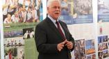 Посол Венгрии посетил Пружаны и открыл выставку.Оказывается венгры восхищаются нашим Василём Сёмухой