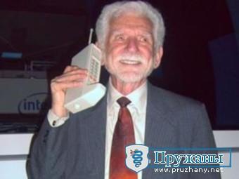 Белорусы отказались от выпуска мобильников для пенсионеров