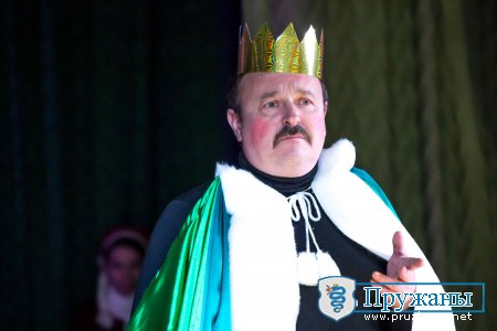 Парад Снегурочек и Дедов Морозов. Дарование-2014. Фотоотчёт